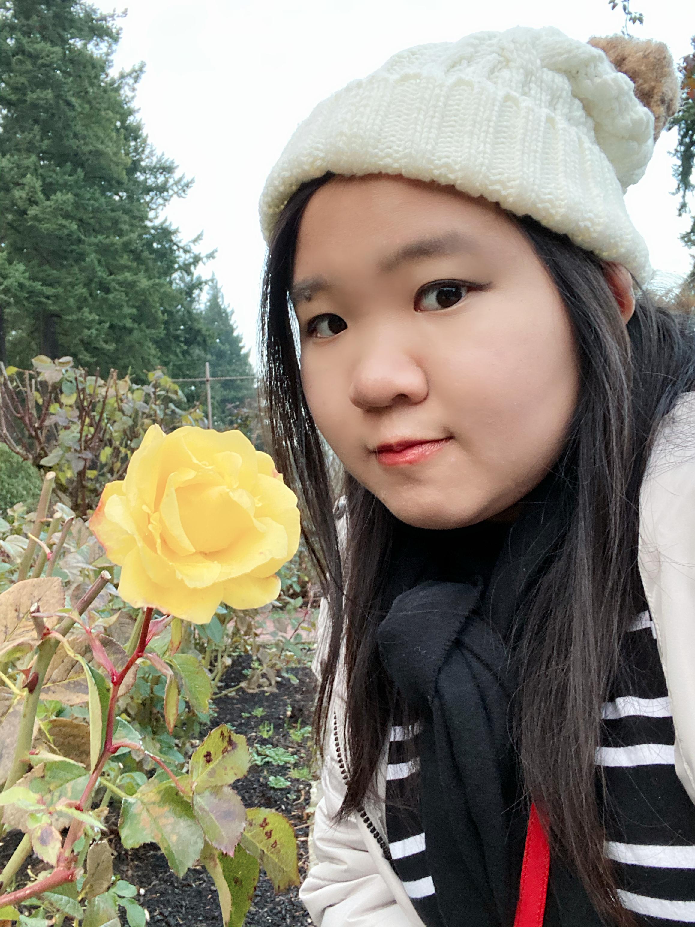 Maggie Huang_Bio